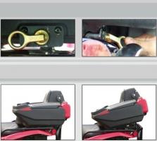 Schnellwechselsystem für Koffer mit Sitz (ART)