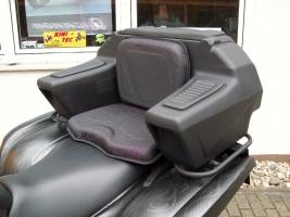 Koffer hinten mit Sitz (Kolpin)